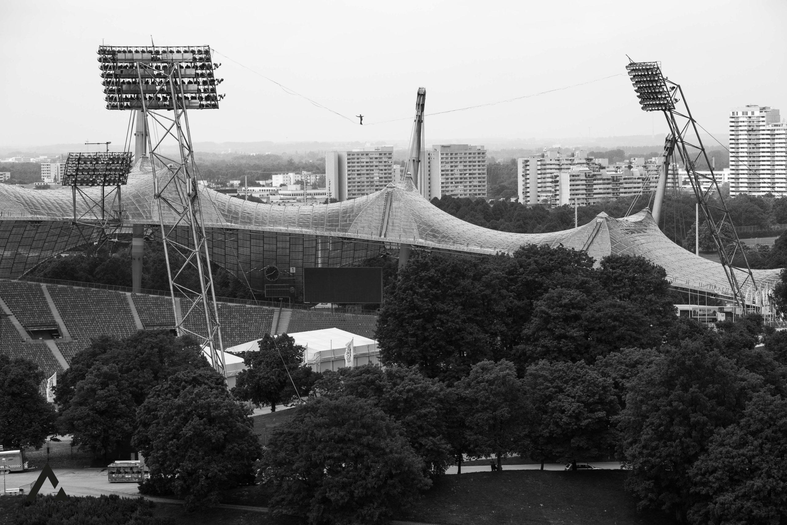Highline_Olympiastadion_Probeaufbau_Copyright_ValentinRapp-10